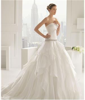 Mẫu áo cưới 08
