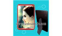 http://image.uphinhanh.com/ivn-khung-hinh-go-mdf-12.59cm-76834-300-300.jpg